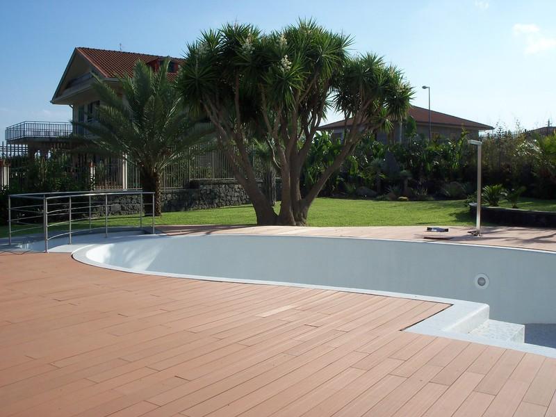 D d protec centro lavorazione acciaio inox arredi per for Arredi per piscine